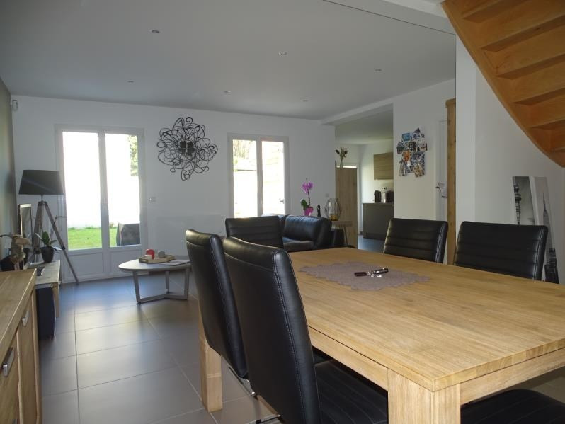 Sale house / villa Chambly 274000€ - Picture 3