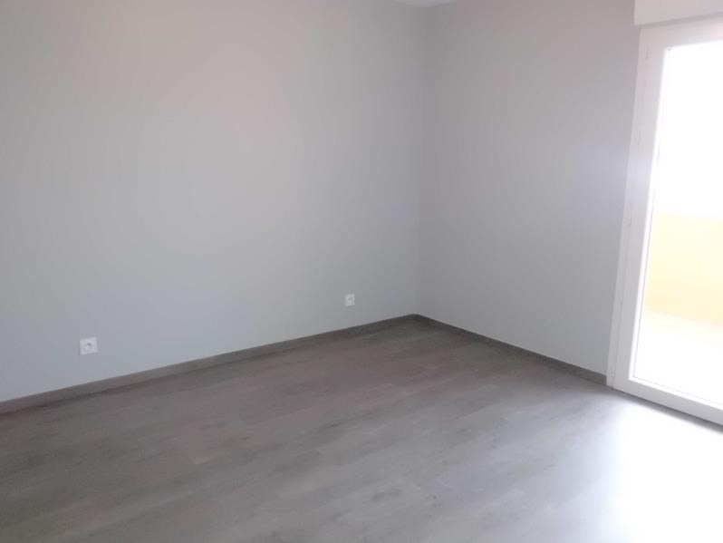 Rental apartment Chambery 567€ CC - Picture 5