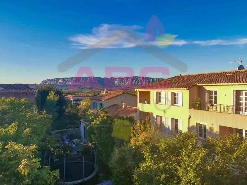 Sale apartment Trets 179760€ - Picture 1