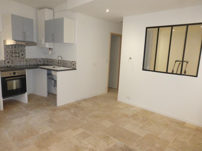 Location appartement Barjols 416€ CC - Photo 1