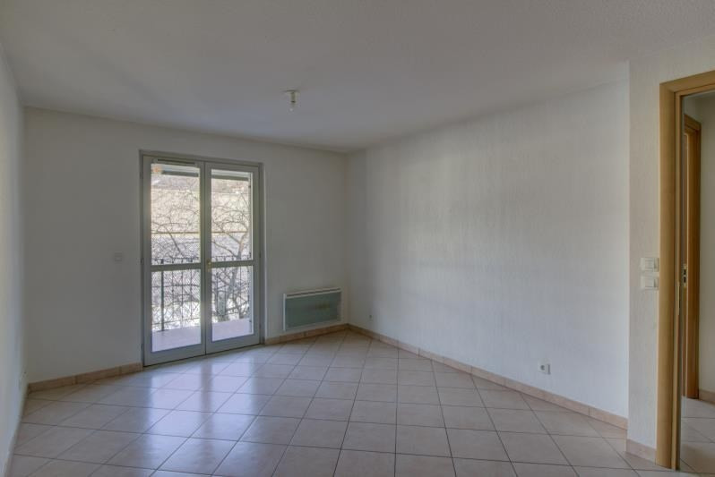 Rental apartment Le fayet 595€ CC - Picture 3