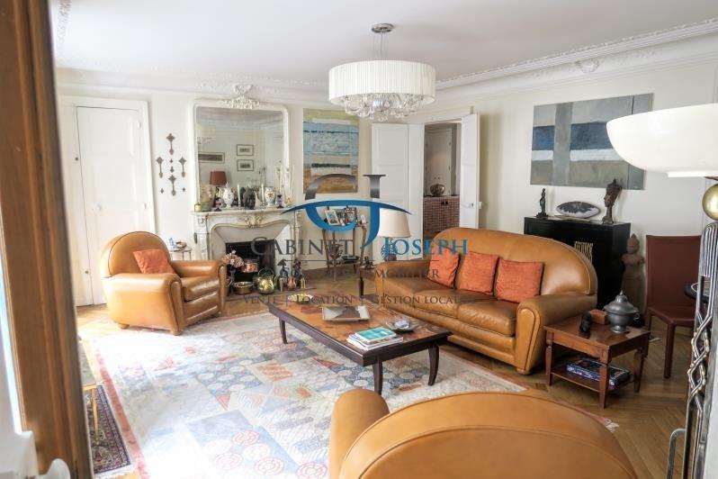 Deluxe sale apartment Paris 10ème 1575000€ - Picture 2
