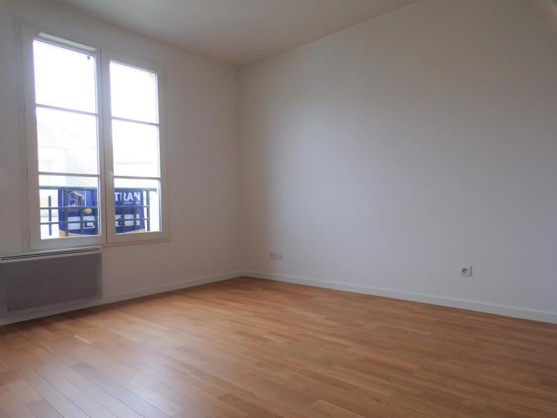 Location appartement Buc 1 530€ CC - Photo 5