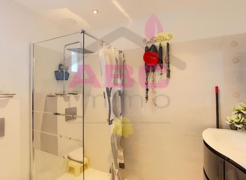 Sale house / villa Trets 355000€ - Picture 5