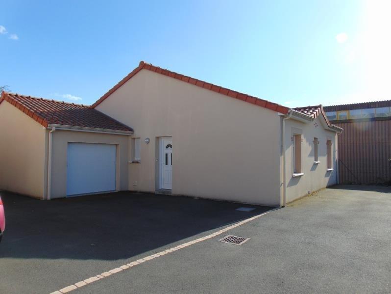 Rental house / villa Begrolles en mauges 622€ CC - Picture 1