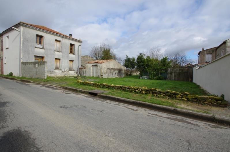 Sale house / villa Surgeres 143300€ - Picture 1
