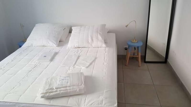 Location appartement Bandol 1450€ CC - Photo 1