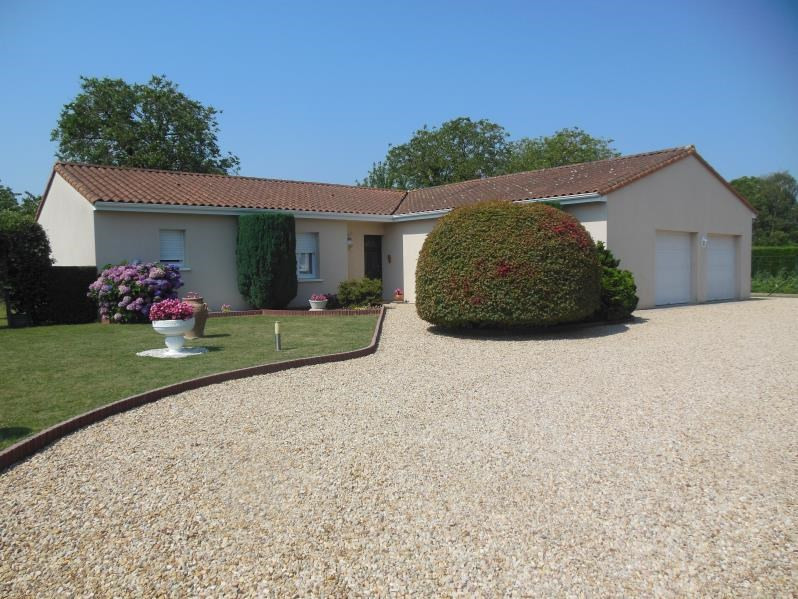 Sale house / villa Celles sur belle 219 850€ - Picture 1