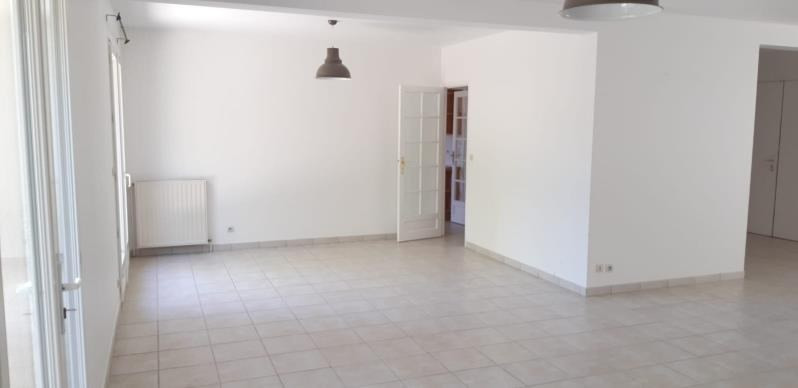 Rental house / villa Fourqueux 3 190€ CC - Picture 2