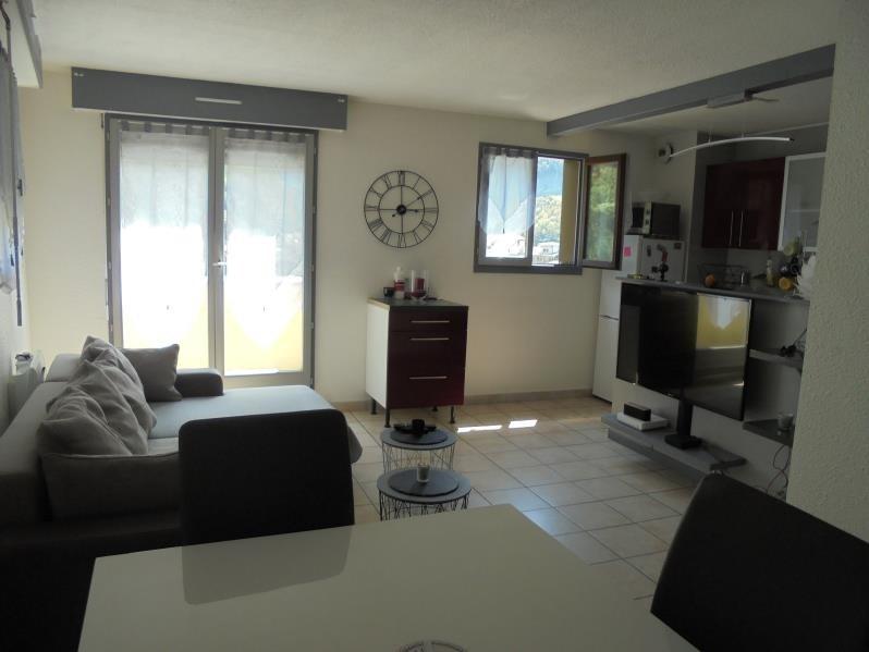 Sale apartment Cluses 162000€ - Picture 1