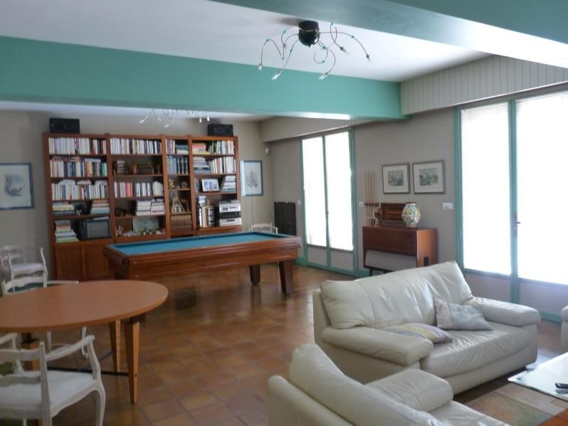 Deluxe sale house / villa Le passage 535 000€ - Picture 3