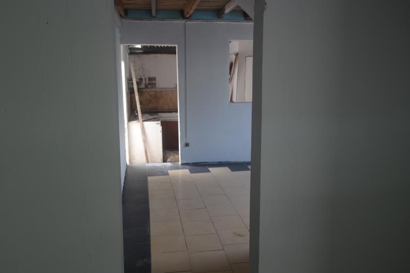 Sale house / villa Saint-louis 170000€ - Picture 7