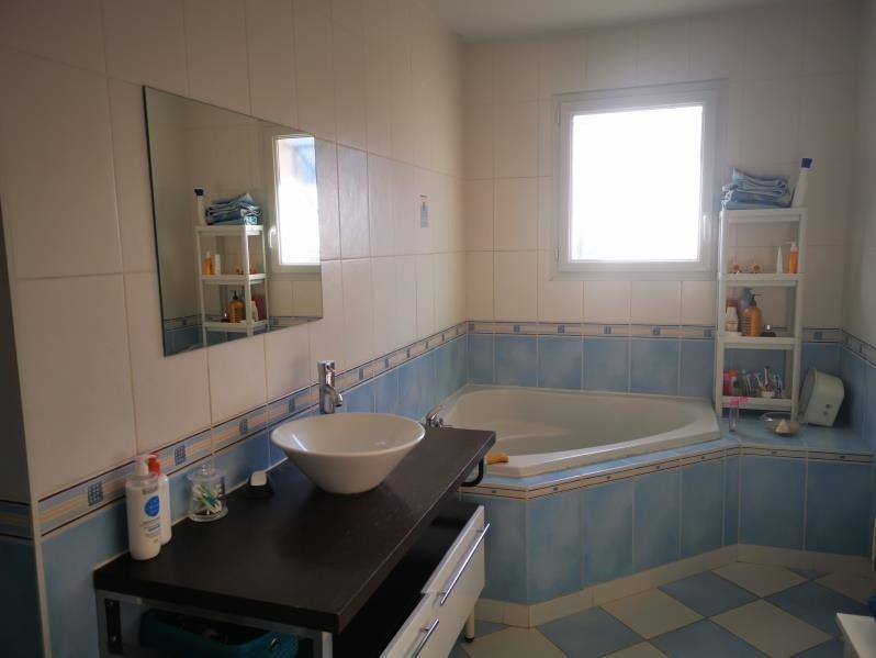 Sale house / villa Cubzac les ponts 308500€ - Picture 6