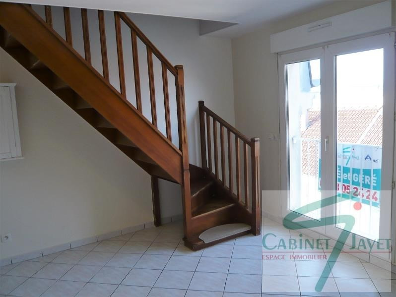 Location appartement Noisy le grand 720€ CC - Photo 2