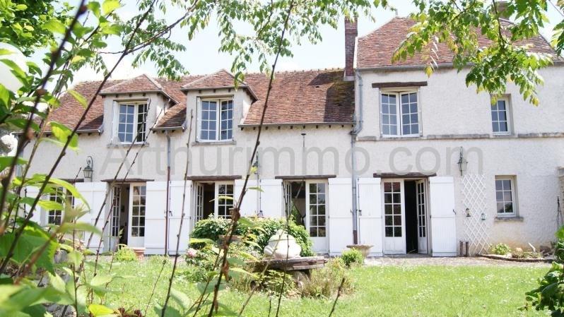 Sale house / villa Proche mormant 296000€ - Picture 1