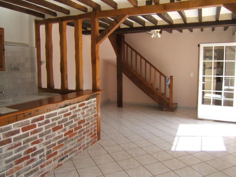 Rental house / villa St marcel 930€ CC - Picture 2