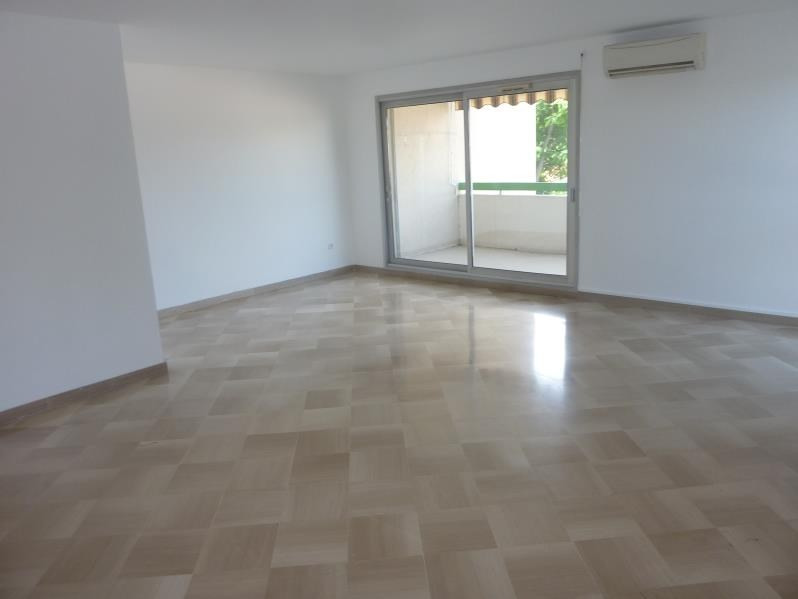 Location appartement Marseille 8ème 1 220€ CC - Photo 1
