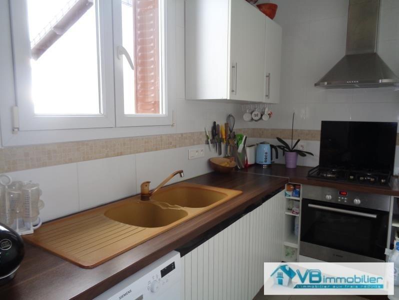 Sale apartment La varenne st hilaire 250000€ - Picture 2