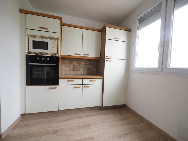 Rental apartment Bois d'arcy 950€ CC - Picture 3