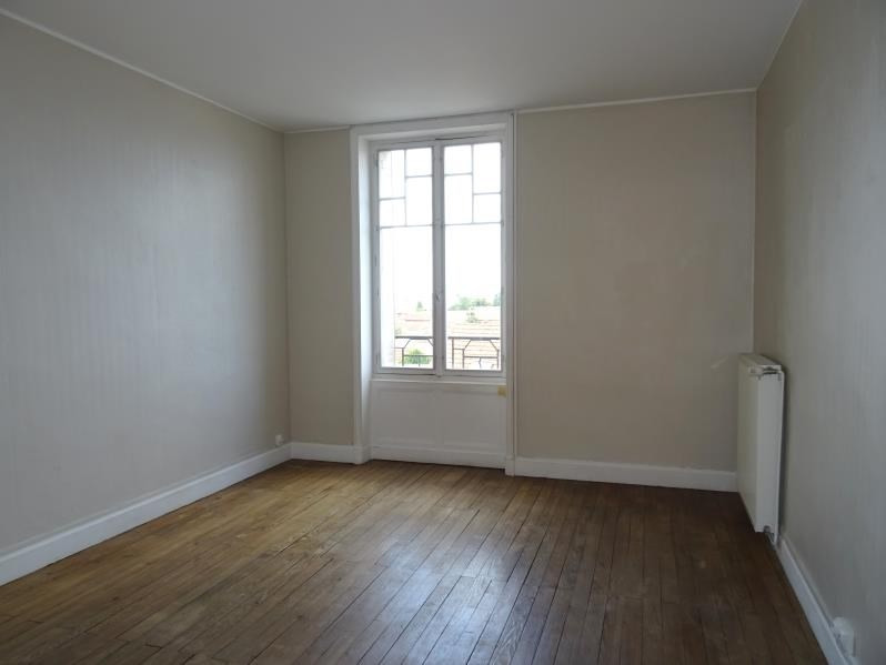 Location appartement Roanne 362€ CC - Photo 1