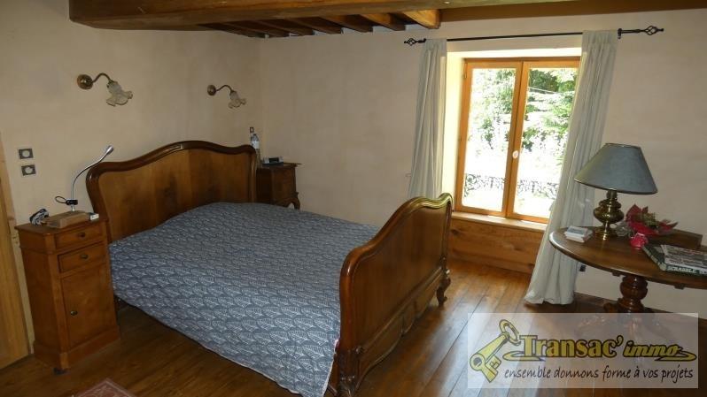Sale house / villa Ceilloux 180000€ - Picture 3