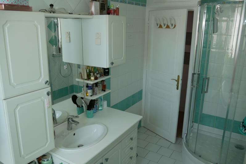 Sale apartment La garenne colombes 550000€ - Picture 5
