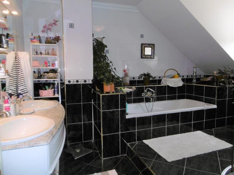 Sale house / villa Forges les bains 455000€ - Picture 7