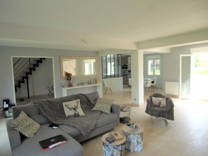 Sale house / villa Montfort l amaury 439000€ - Picture 1