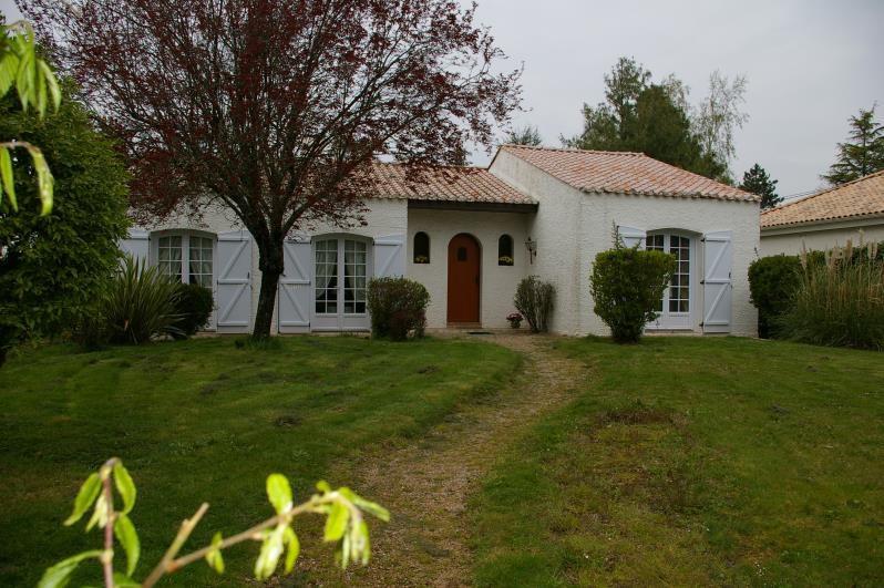 Sale house / villa Le poire sur vie 204000€ - Picture 1