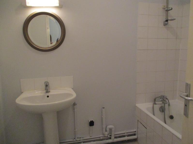 Rental apartment Salon de provence 519€ CC - Picture 6