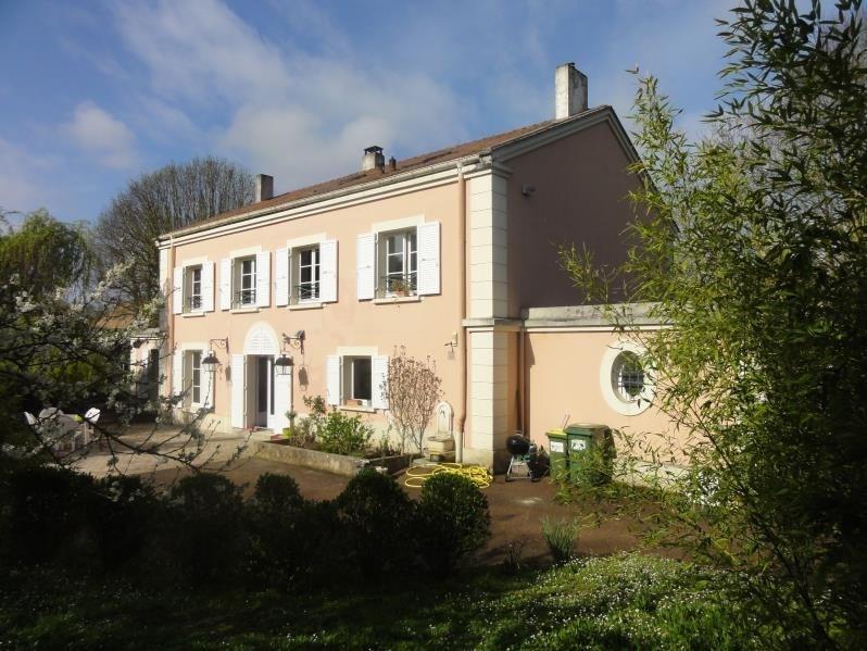 Sale house / villa Montfort l amaury 936000€ - Picture 2