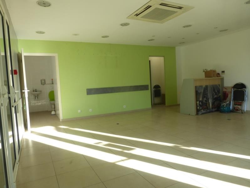Location local commercial St maximin la ste baume 800€ HT/HC - Photo 3