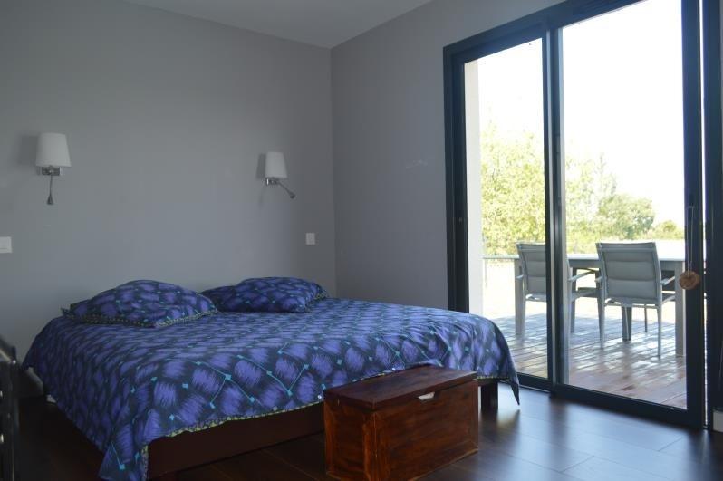 Sale house / villa L isle jourdain 315000€ - Picture 6