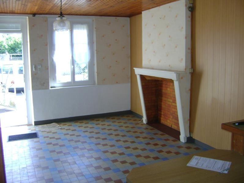 Vente maison / villa St nicolas des motets 86250€ - Photo 2