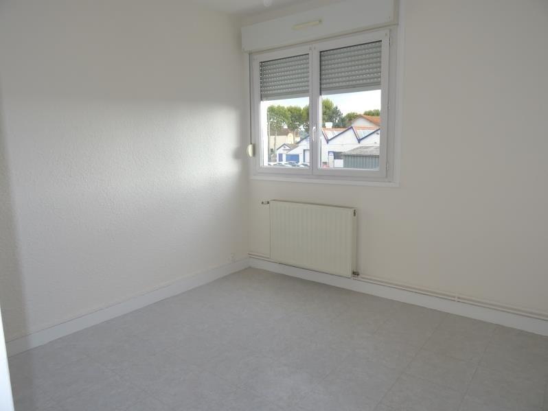 Location appartement Le coteau 530€ CC - Photo 3