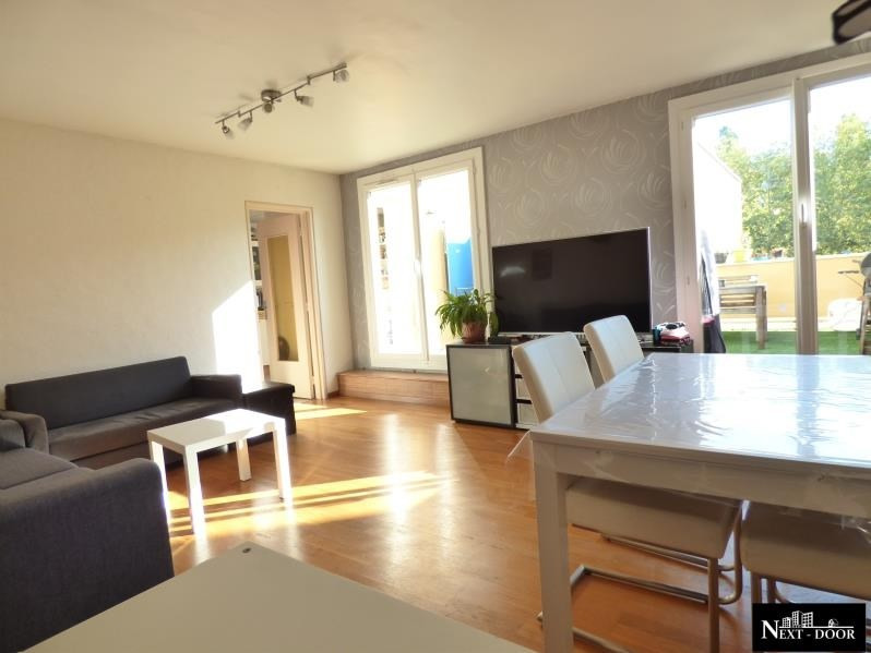 Sale apartment Maurepas 247 000€ - Picture 2