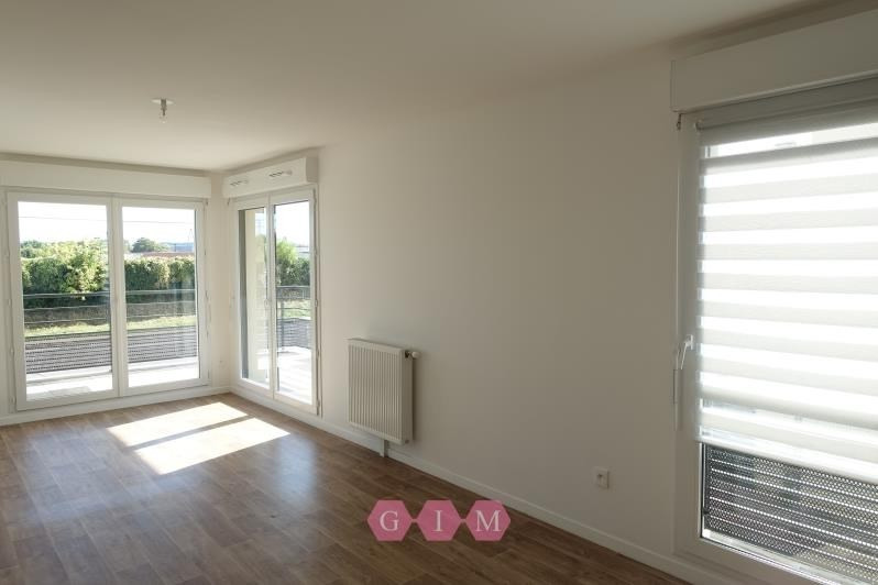 Location appartement Carrieres sous poissy 999€ CC - Photo 2