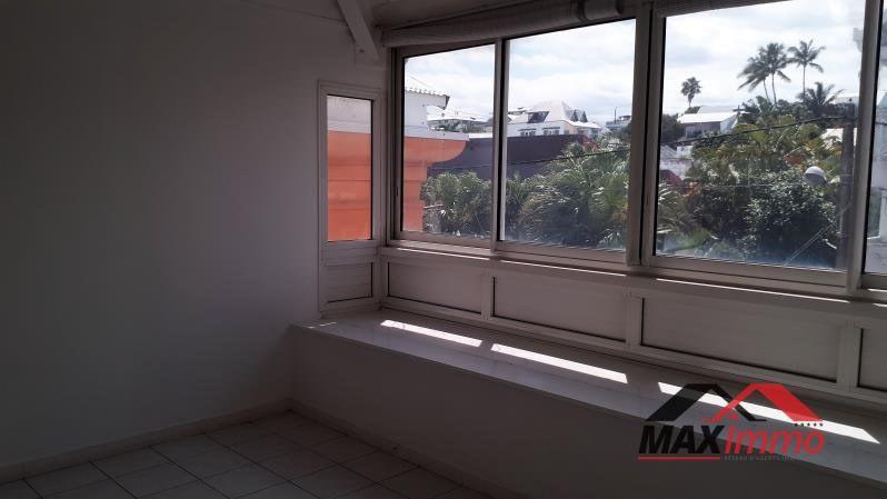 Vente appartement Saint pierre 157500€ - Photo 5