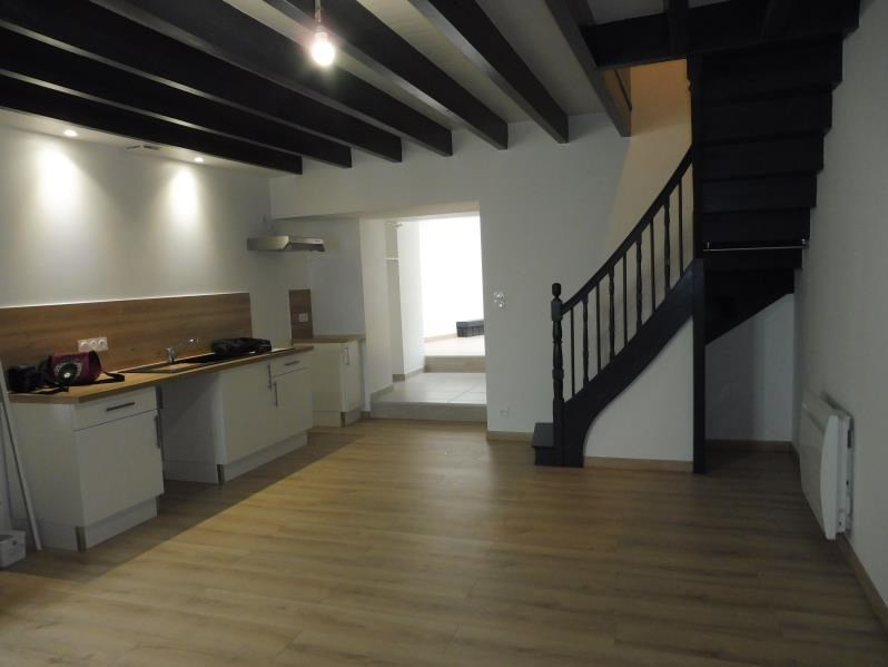 Rental house / villa Montfaucon-montigne 490€ CC - Picture 1