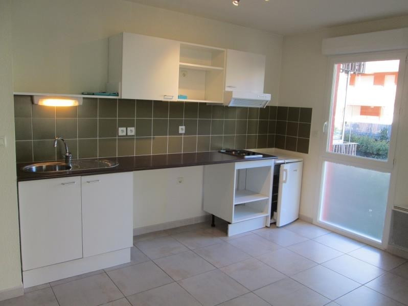 Sale apartment Balaruc les bains 144000€ - Picture 2