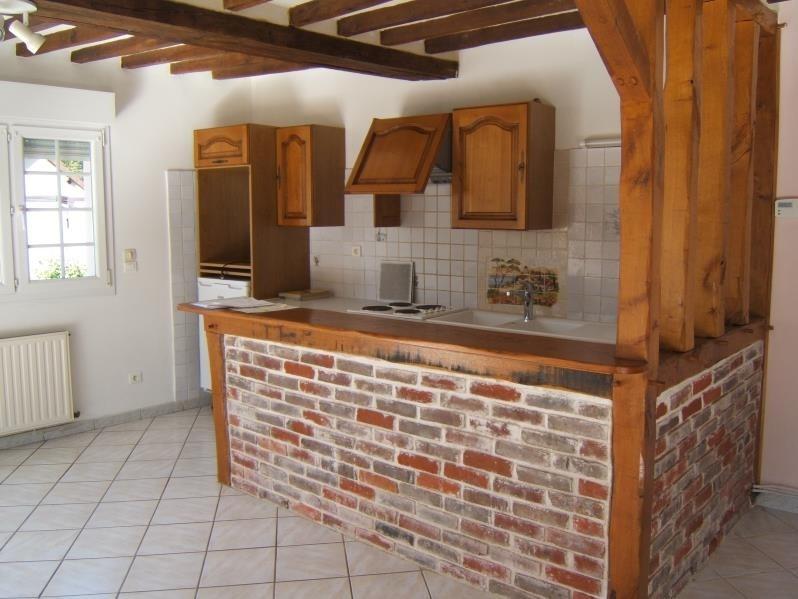 Rental house / villa St marcel 930€ CC - Picture 3