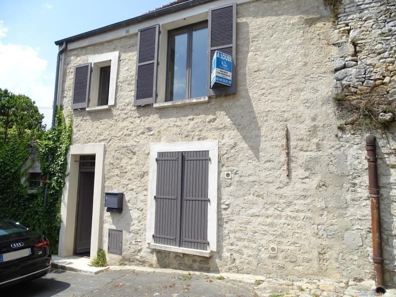 Rental house / villa Senlis 890€ CC - Picture 1