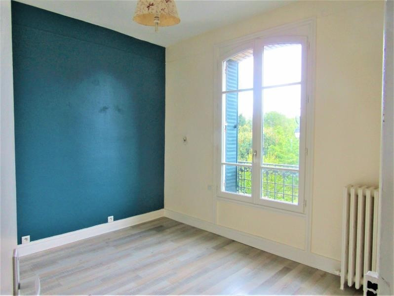 Sale house / villa Le mesnil le roi 682500€ - Picture 6