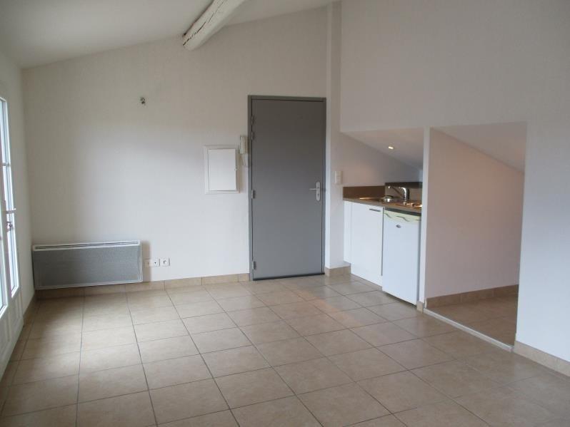 Rental apartment Salon de provence 446€ CC - Picture 4