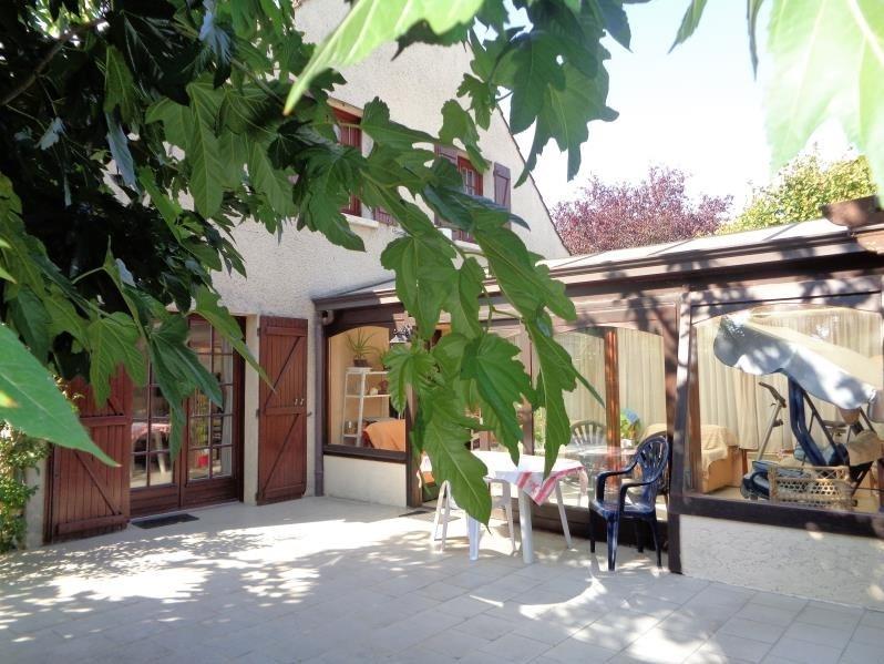 Sale house / villa Forges les bains 295000€ - Picture 2