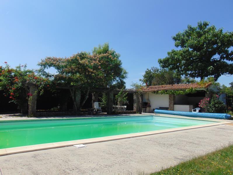 Vente maison / villa Cholet 366800€ - Photo 2