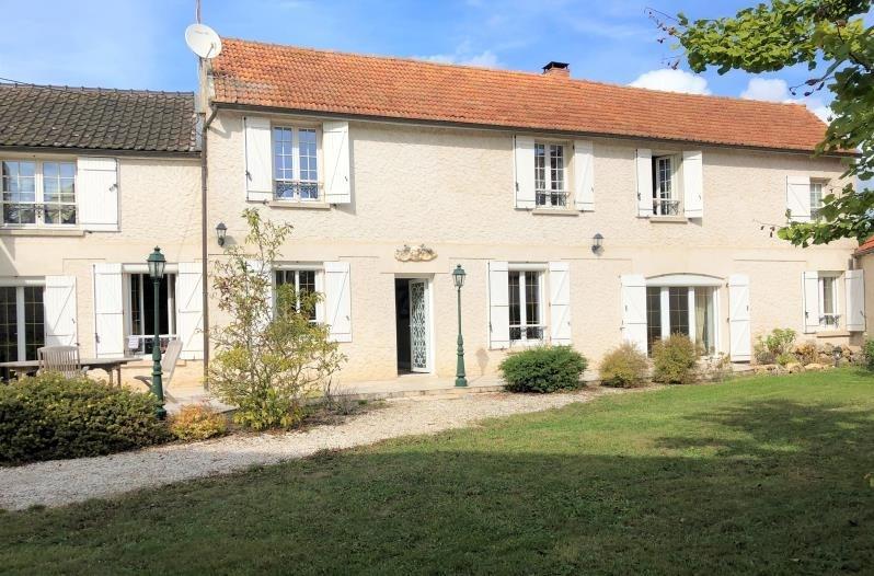 Sale house / villa Montfort l amaury 620000€ - Picture 1