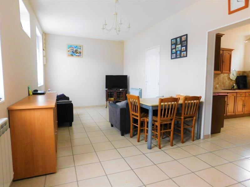 Sale house / villa Roye 146000€ - Picture 2