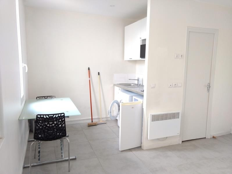 Location appartement Clamart 720€ CC - Photo 2