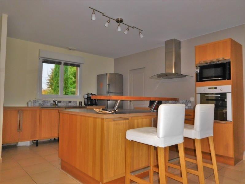 Rental house / villa La lande de fronsac 1100€ CC - Picture 5